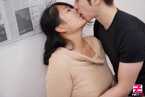 都丸ふみ奈 【とまるふみな】 胸もケツもデカい人妻を堪能しました