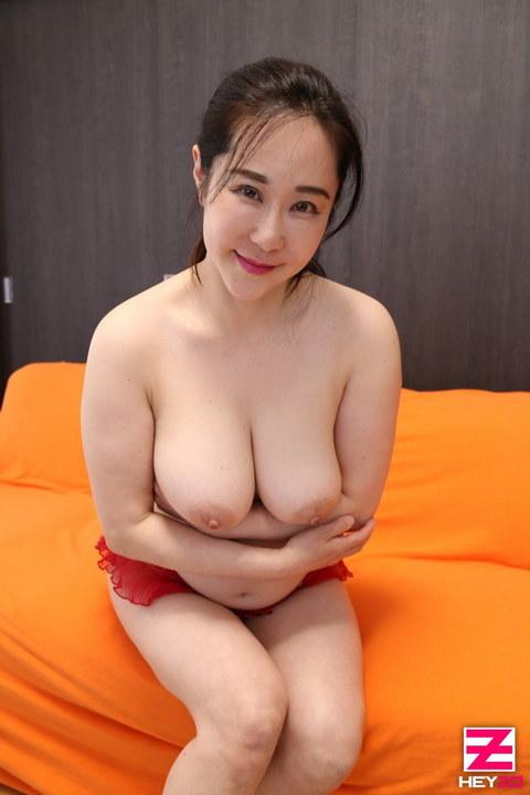 結城綾音 【ゆうきあやね】 巨乳人妻のイケナイ情事Vol.3