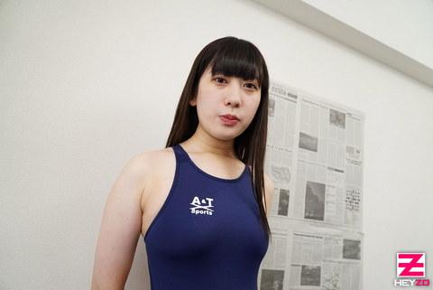 小島さとみ 【こじまさとみ】 素人娘に競泳水着を着せてヤりました!